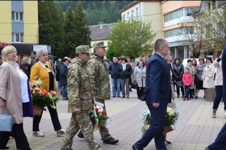 У Рахові пройшли урочистості до Дня пам'яті та примирення і Дня перемоги над нацизмом у Другій світовій війні (ФОТО)